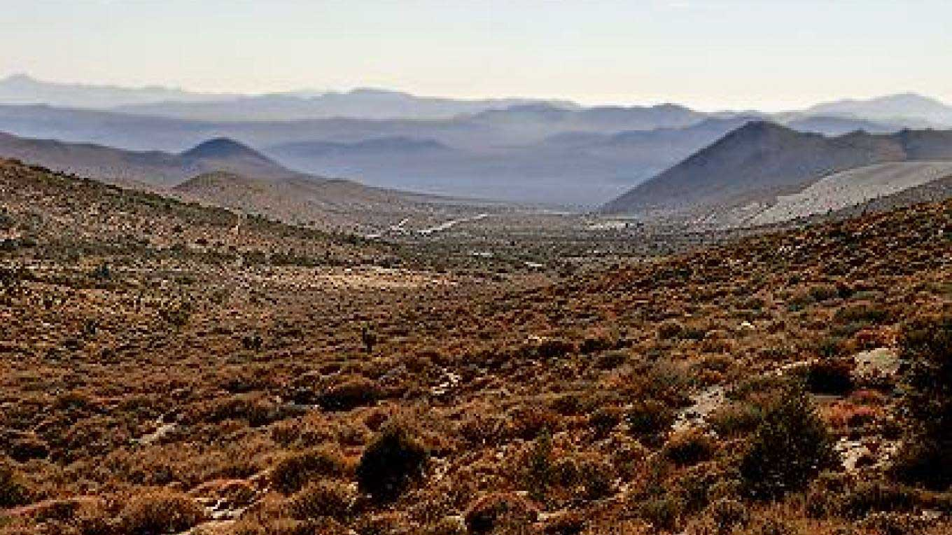 Looking east into the Mojave from the top of Walker Pass